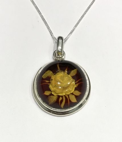 Sterling Silver Cameo Rose Round Amber Necklace